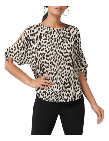 55b5bf0a3a21b Forever New Belle Cold Shoulder Top