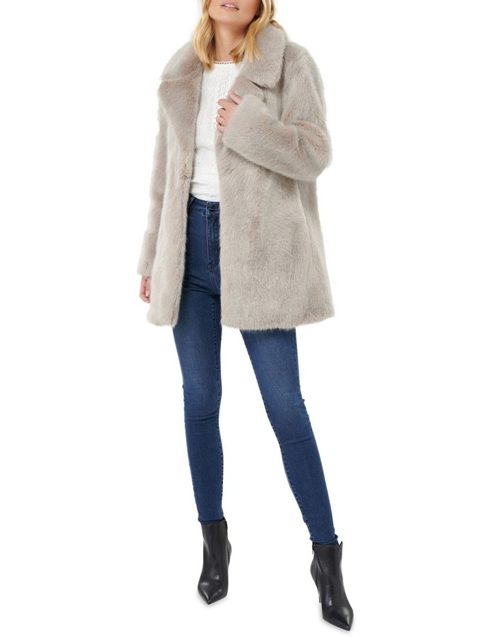 Lilly Fur Coat by Forever New