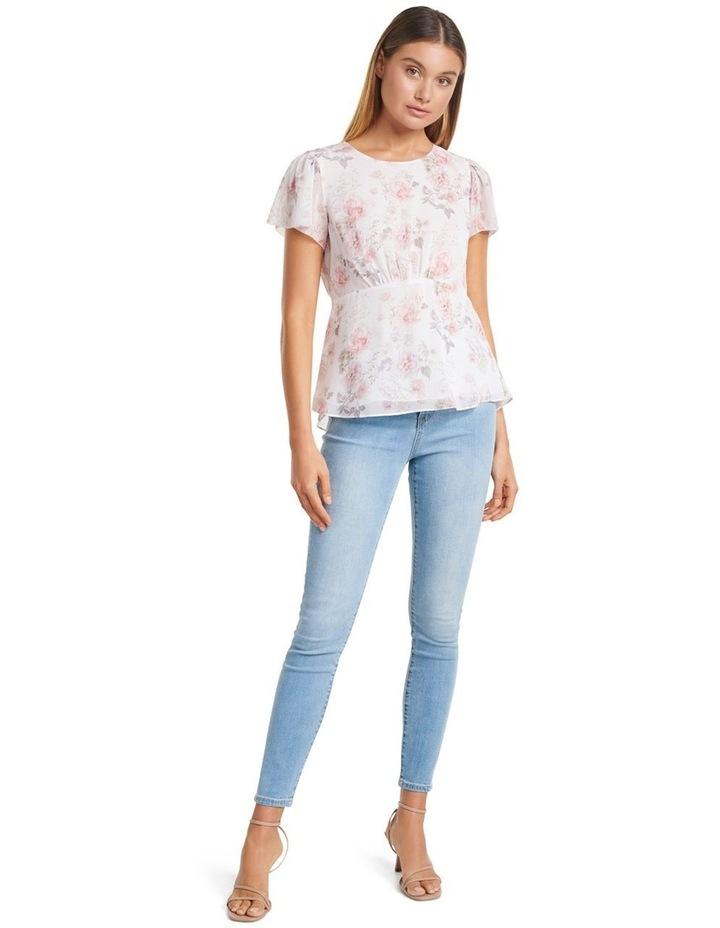 Lisa Flutter Sleeve Essential image 4