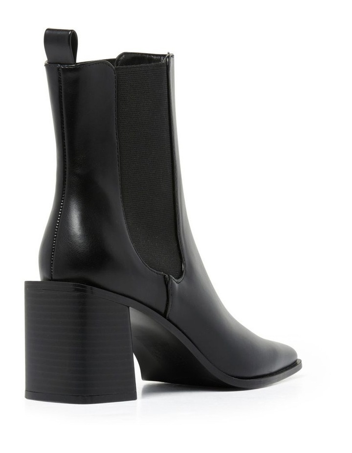 Hunter Block Heel Boot image 4