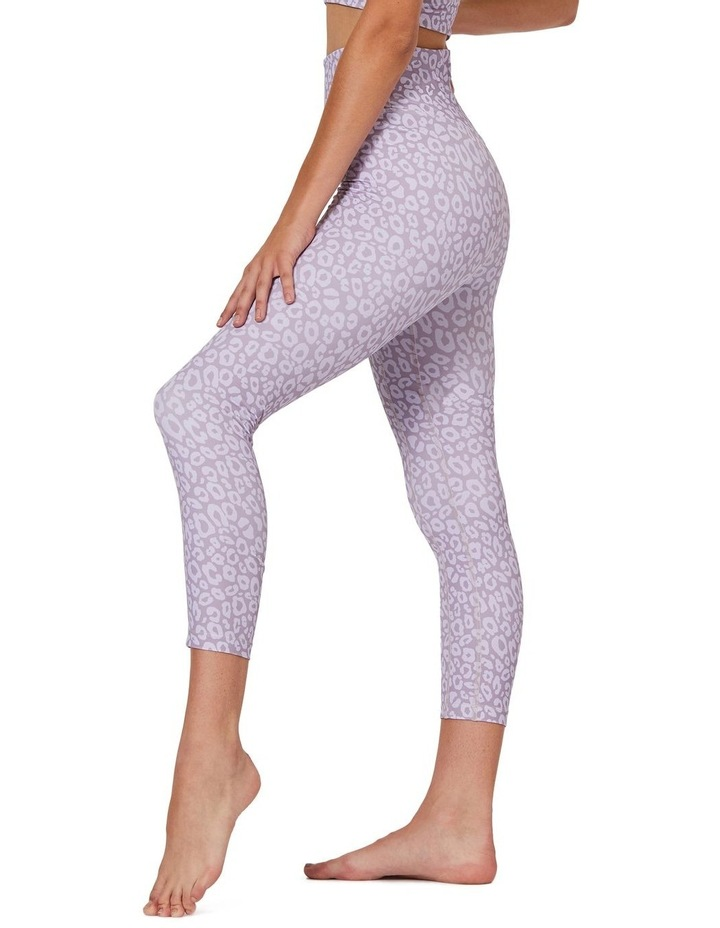 Soft Ambience 7/8 Leggings image 2