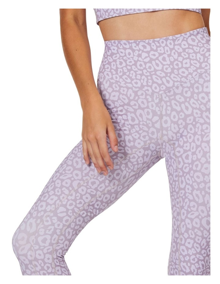 Soft Ambience 7/8 Leggings image 4