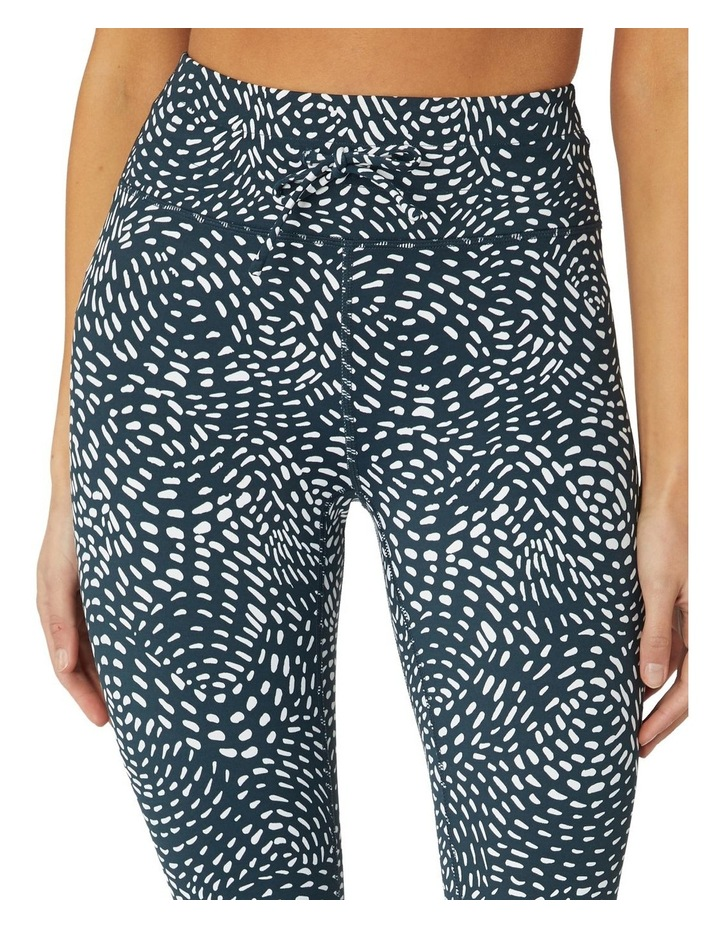 Swirling Sea 3/4 Leggings image 4