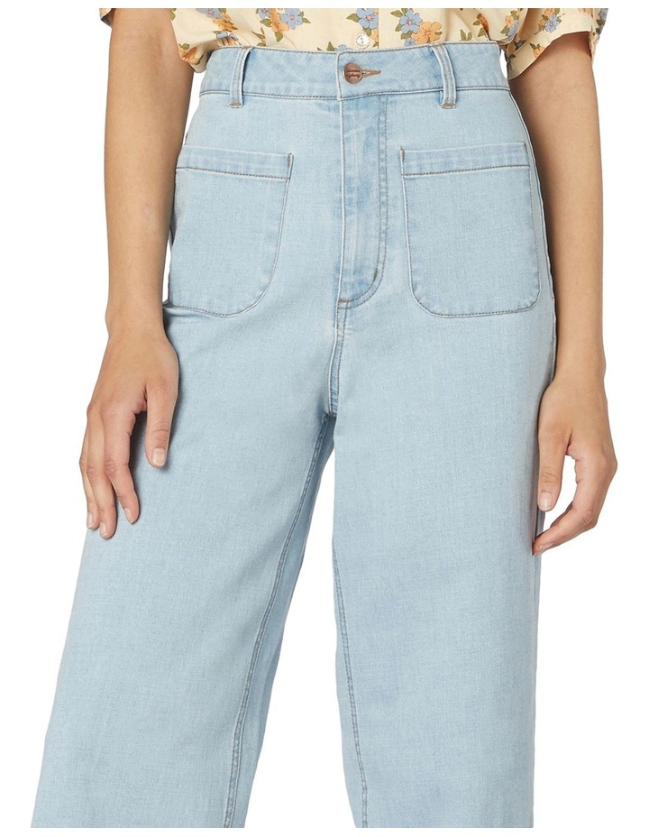 Elena In Spring High-Waisted Jeans Light Denim image 4
