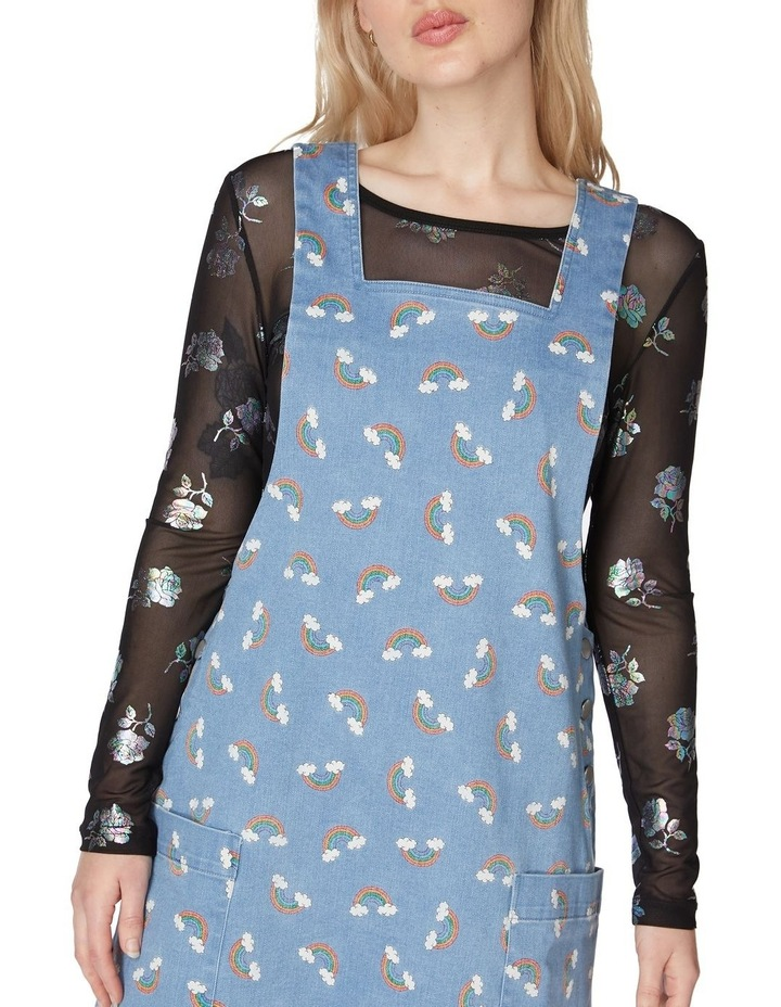 It's All That Pinafore image 4