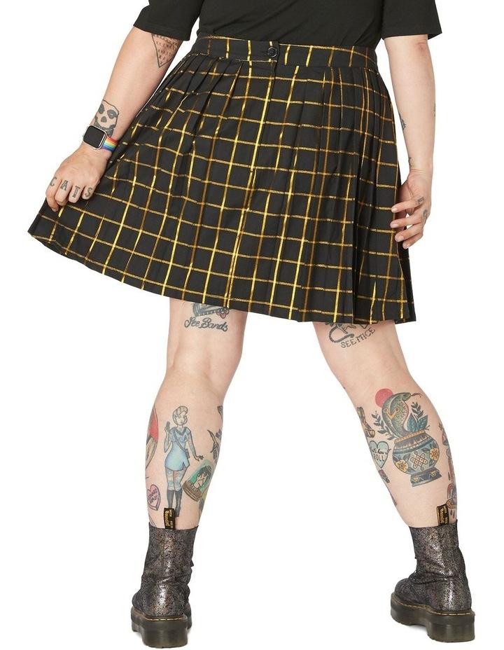 Ra Skirt Curve image 3