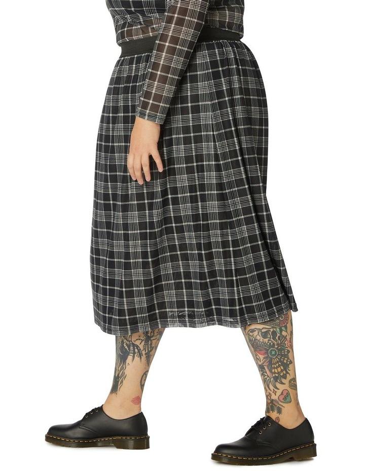 Double Trouble Mesh Skirt Curve image 2