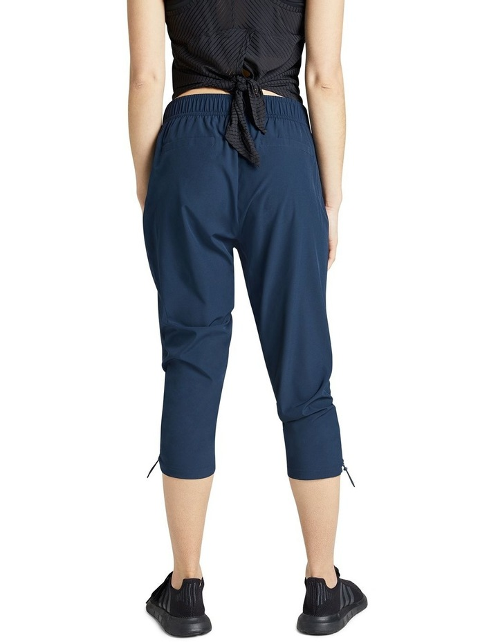 Rouched Pocket 3/4 Pants image 3