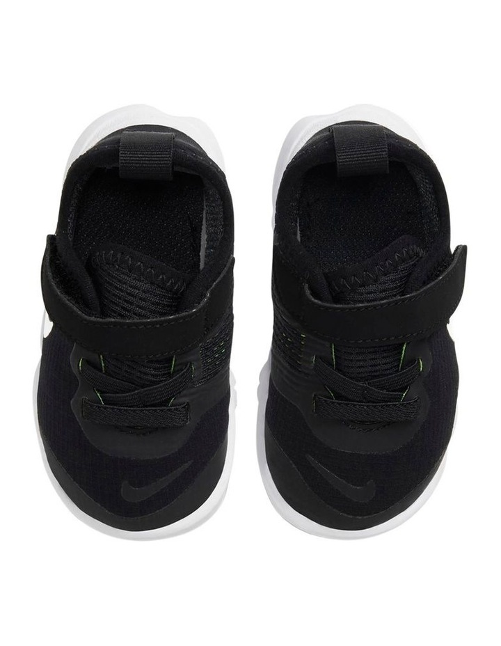 Free RN 5.0 II Infant Boys Shoes image 3