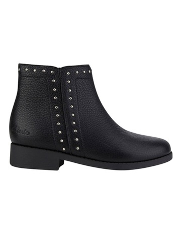 buy popular b084d 5c041 Girls Shoes   Shoes For Girls   MYER