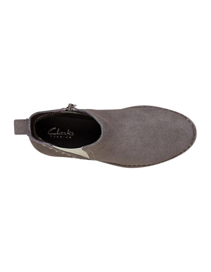 Wren Girls Shoes image 4