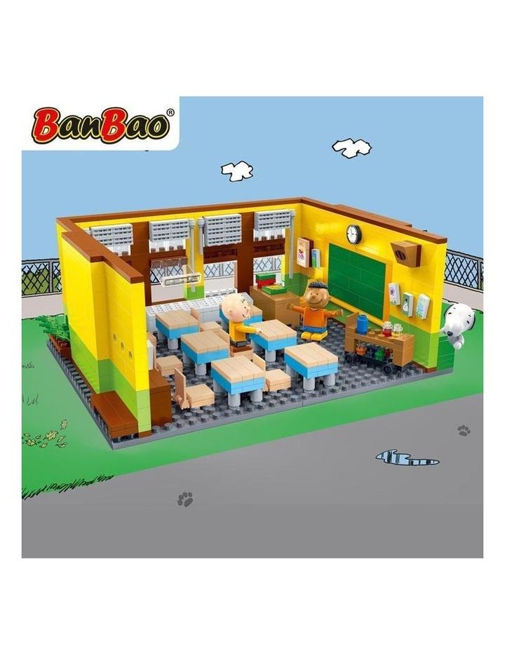 Peanuts - Snoopy Classroom image 3