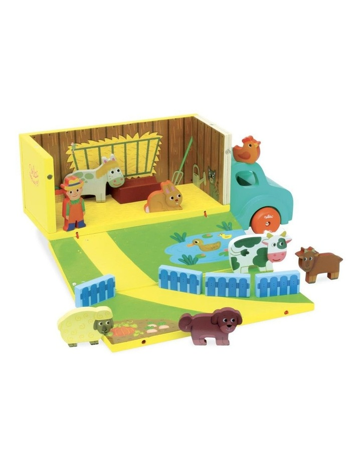Wooden Farm Set in Truck image 1
