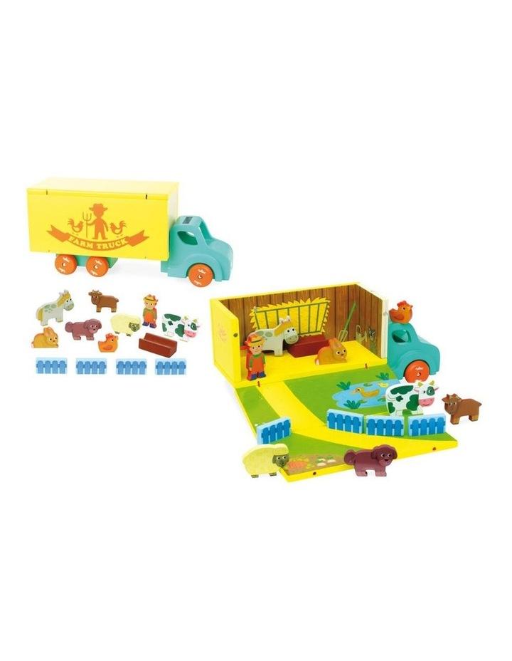 Wooden Farm Set in Truck image 4
