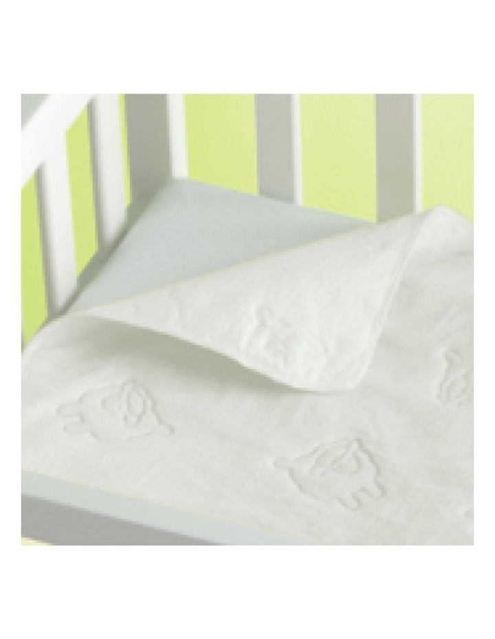 Travel Cot Water Resistant Pad image 3