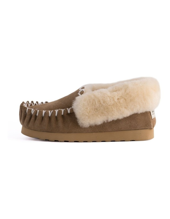Hand Stitched Womens Sheepskin Moccasin - Chestnut/Tan image 5