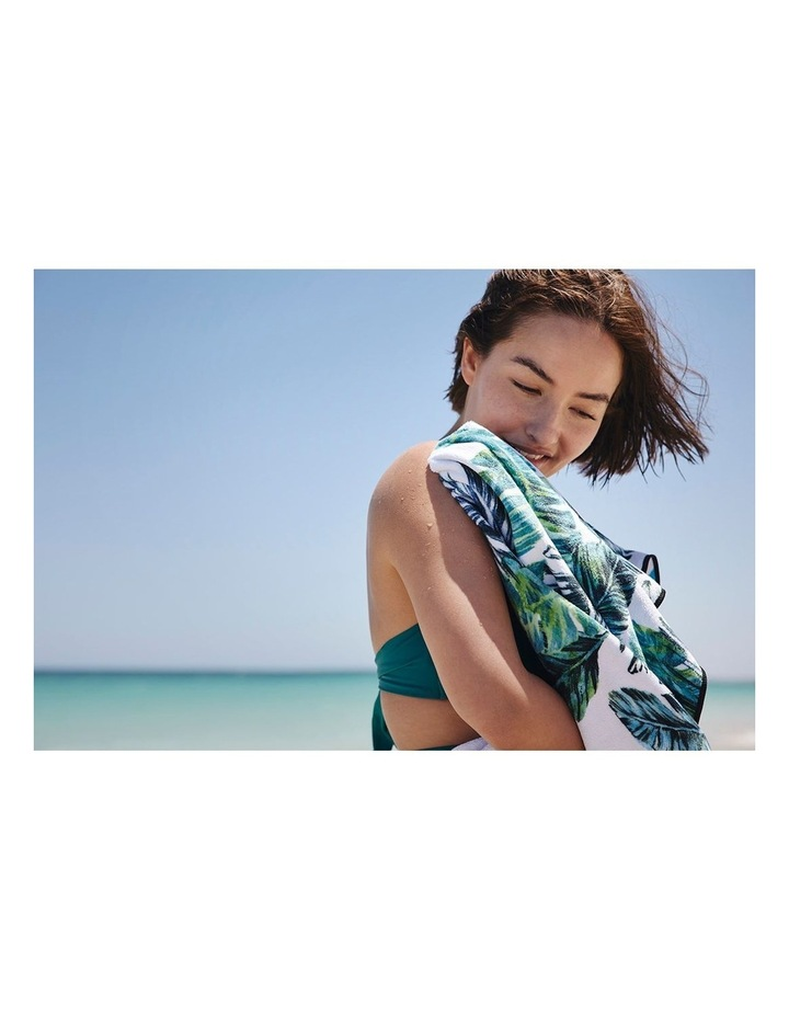 Footloose Large Sand Free Microfibre Beach Towel - Feather image 2