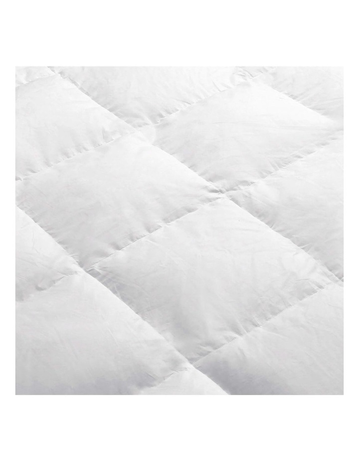 King Size Light Weight Duck Down Quilt image 5