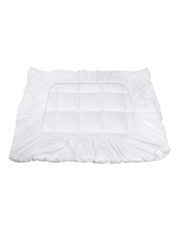 Double Size Memory Resistant Mattress Topper image 3