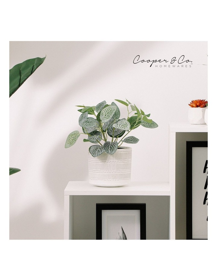 Artificial 28cm Vein Leaf Potted Plant image 2