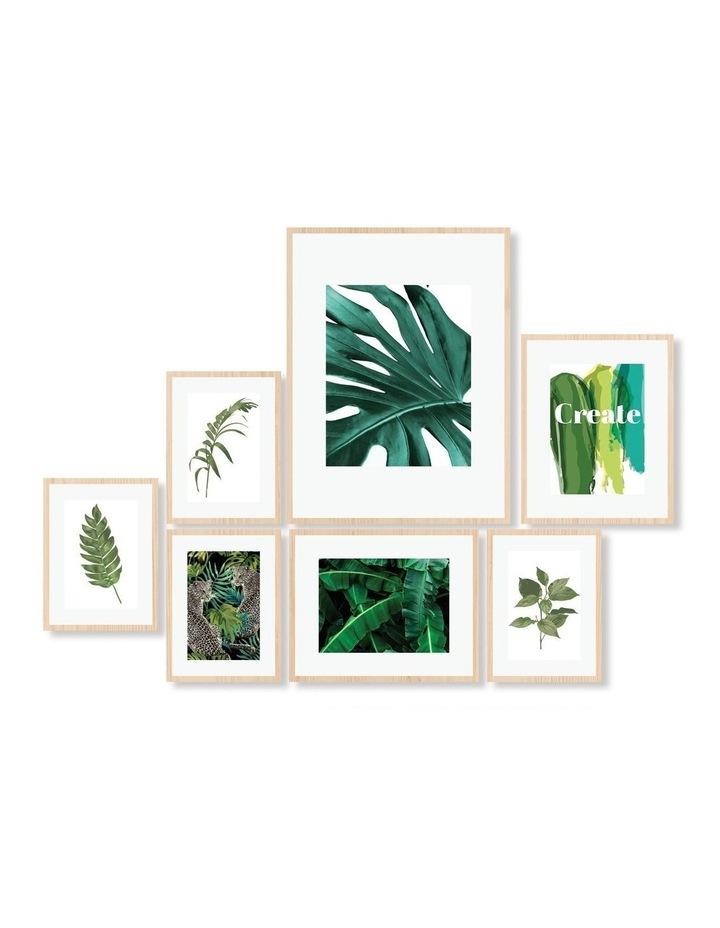 Instant Gallery Wall 7 Piece Frame Set Oak image 1