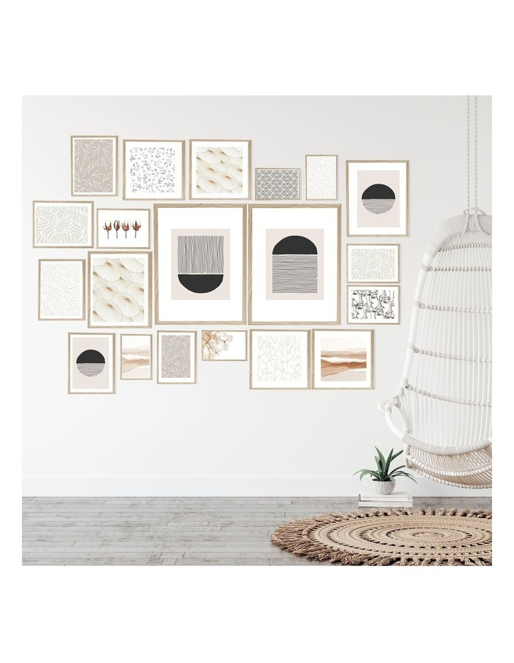 Instant Gallery Wall 20 Piece Frame Set Oak image 4
