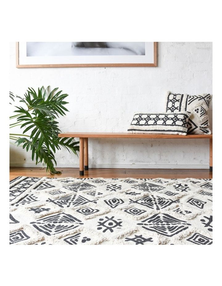 Picasso Tufted Rug image 4