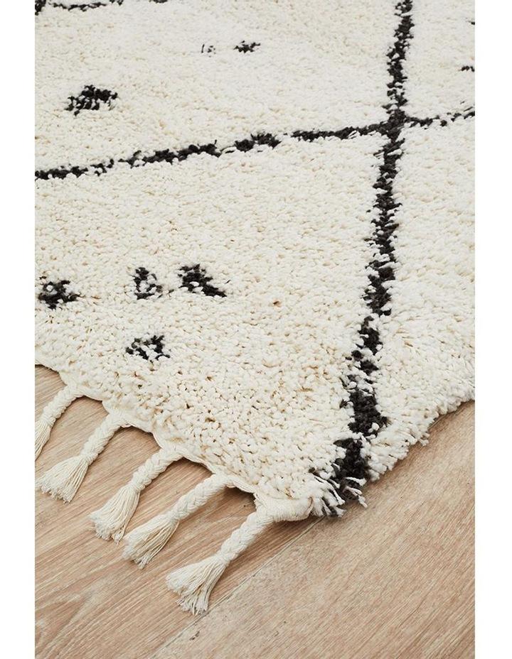 Saffron 44 White Rug image 5