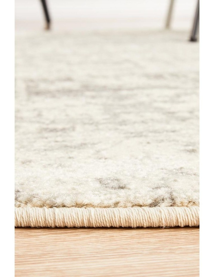 Evoke Dream White Silver Transitional Round Rug image 4