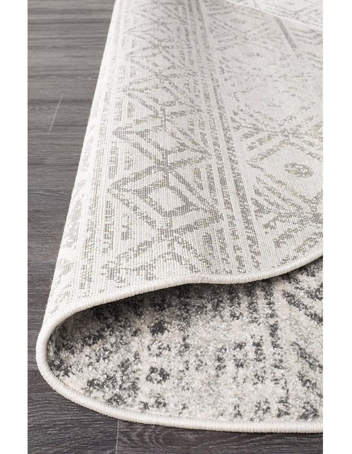 Oasis Ismail White Grey Rustic Round Rug image 4