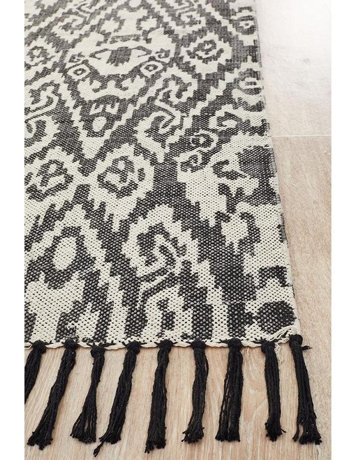 Zulu Totemic Convene Black Rug image 6