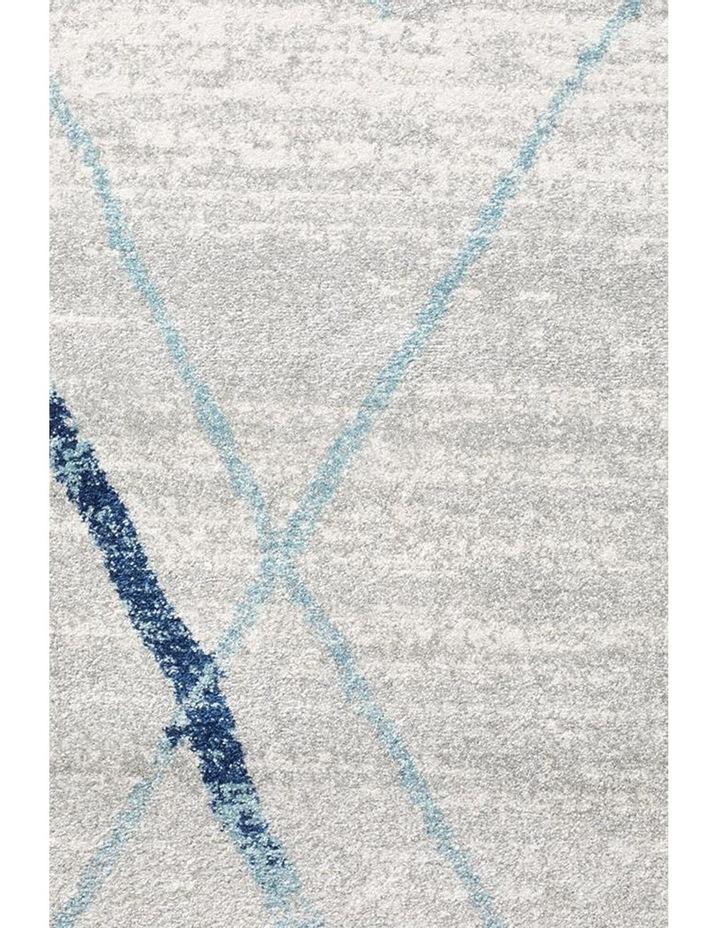Oasis Noah White Blue Contemporary Round Rug image 3