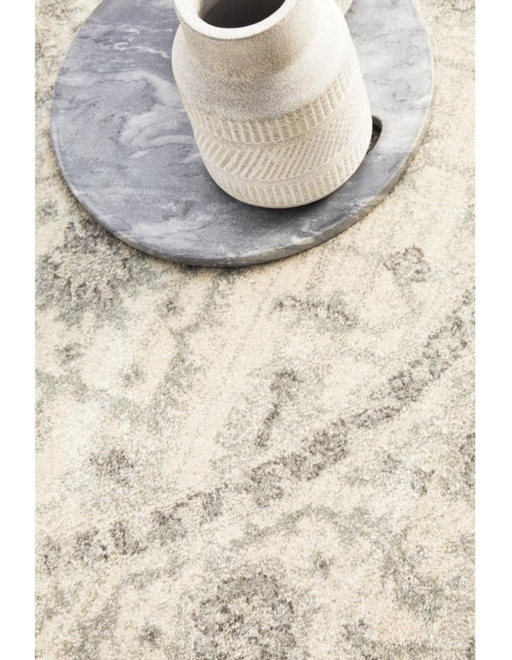 Evoke Winter White Transitional Round Rug image 5