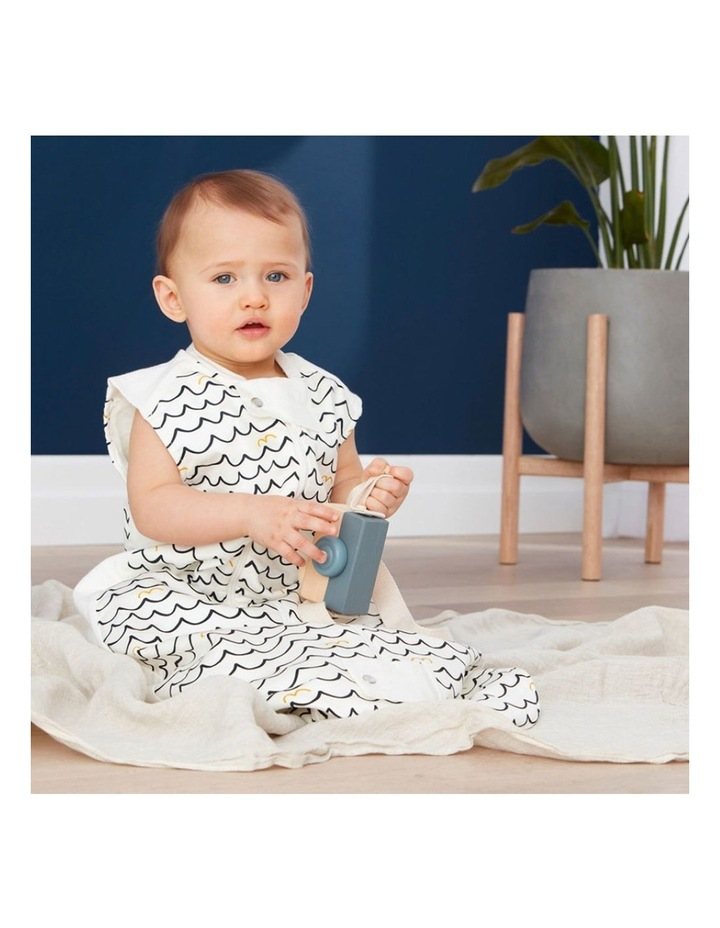 Ergo Pouch Sheeting Sleeping Bag: 2 - 12 Months - 1.0 TOG - Waves image 3