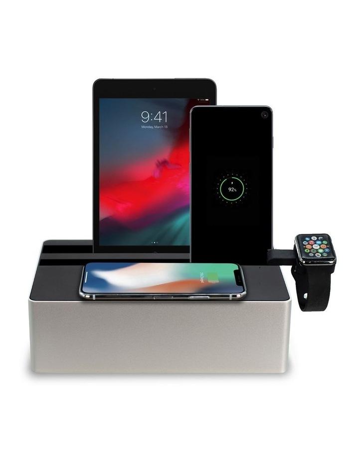 Wireless Aluminium Silver & Black Apple Watch Package image 1