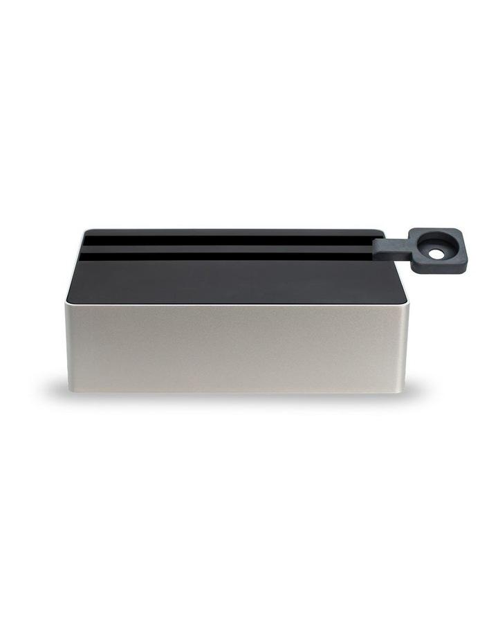 Wireless Aluminium Silver & Black Apple Watch Package image 2