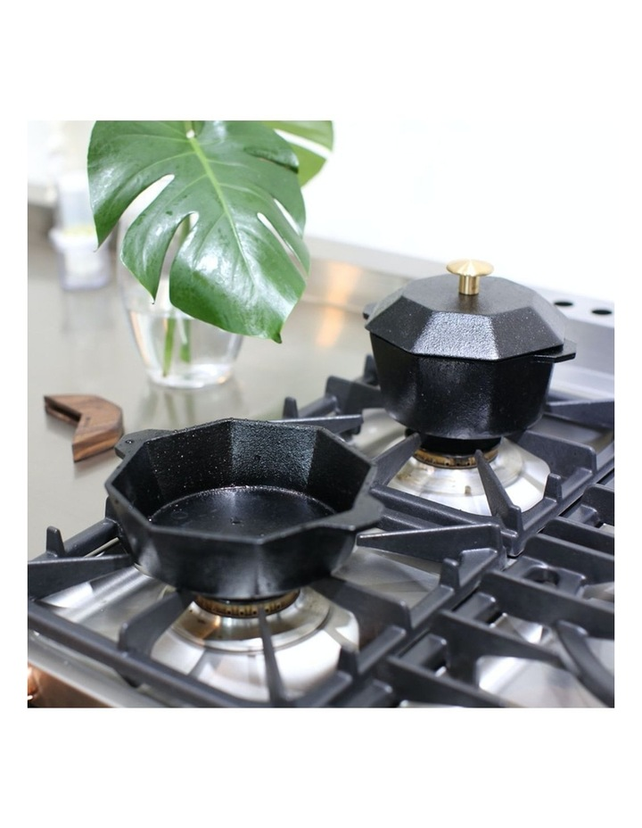 Cast-Iron Traditional Pot 21cm image 5