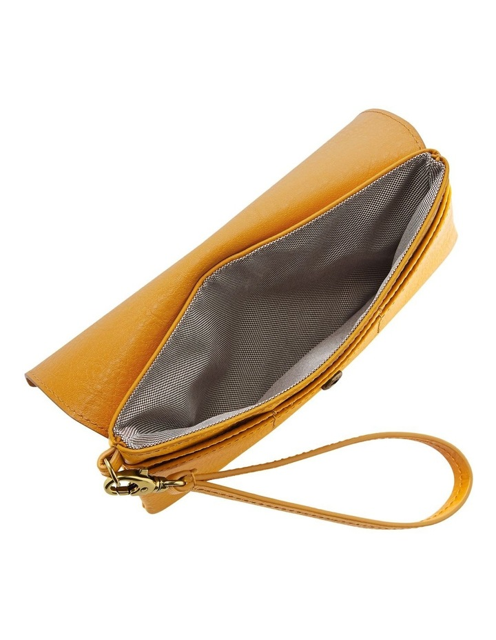 SLG1406721 Wristlet Flap Over Accessory image 3