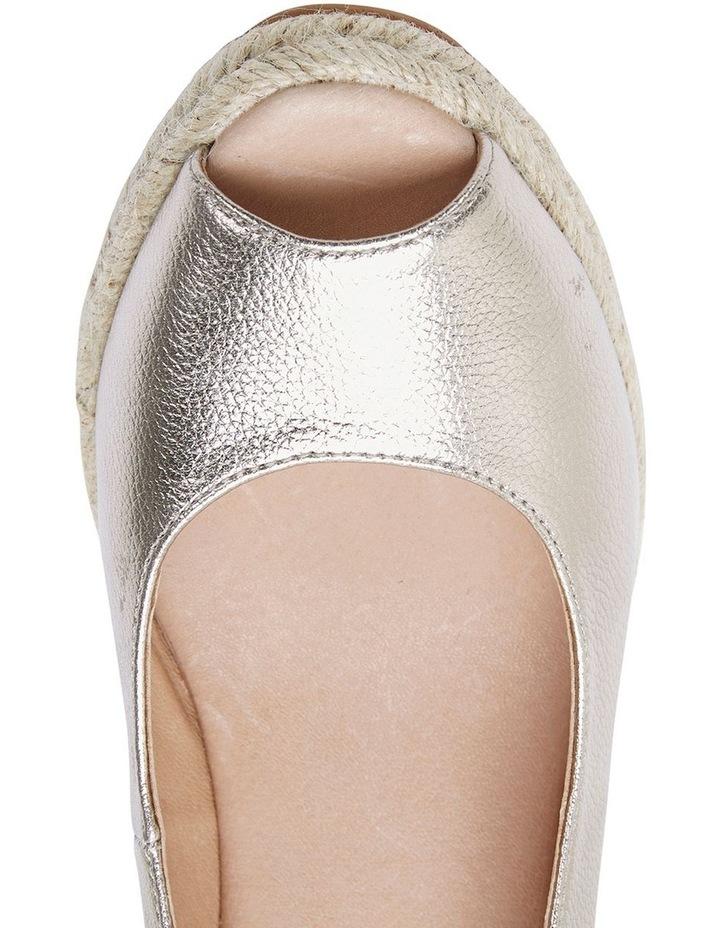 Jane Debster DAKOTA Soft Gold Metallic Crush Sandal image 7