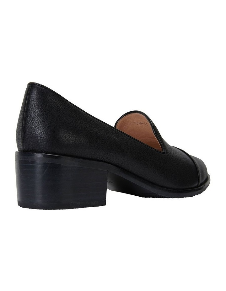 Expert Black Glove Flat Shoes image 4