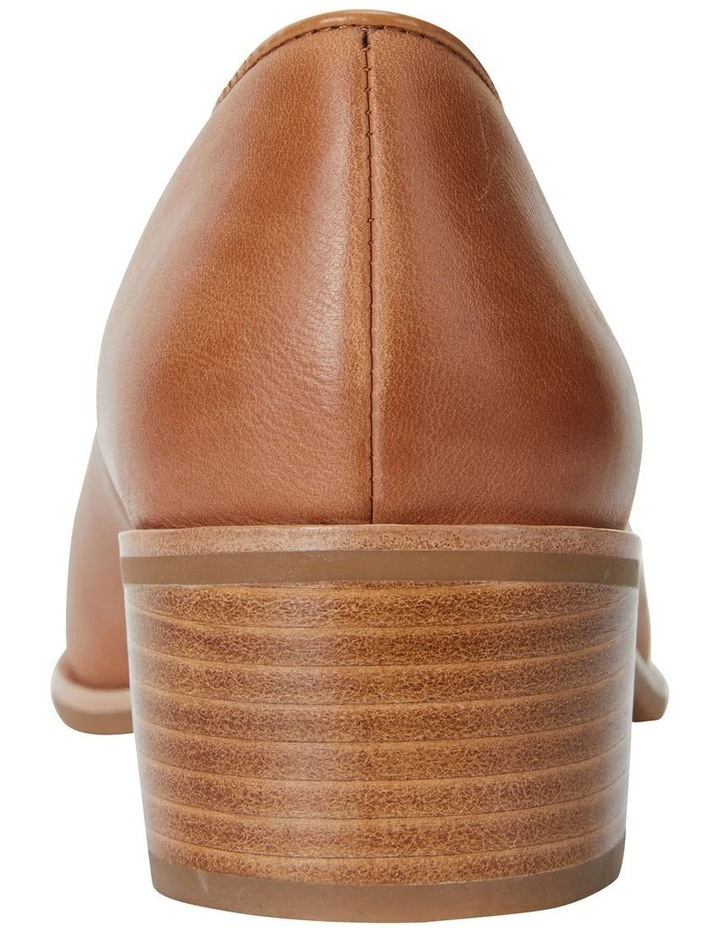 Expert Tan Glove Flat Shoes image 6