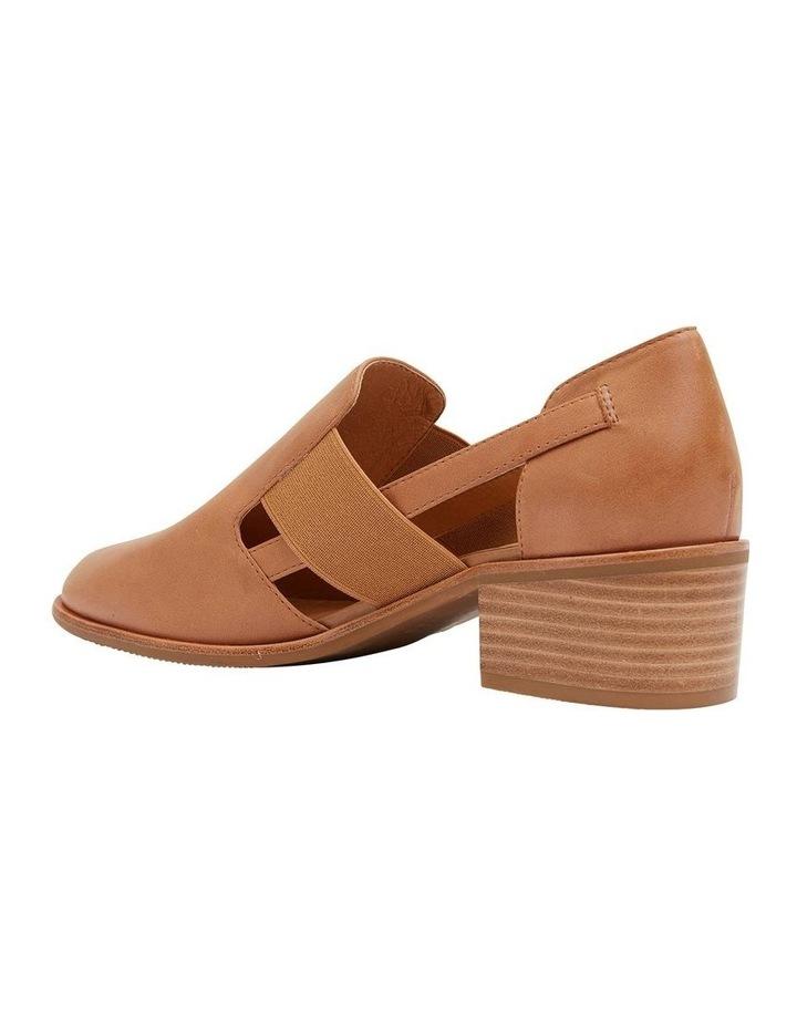 Expose Tan Glove Flat Shoes image 4