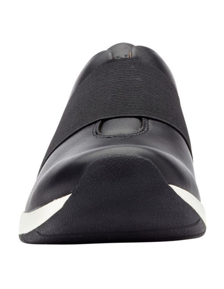 Codie Sneaker image 4