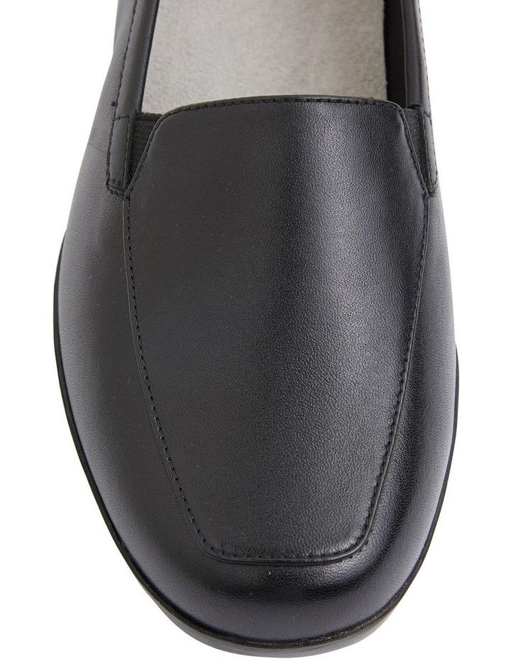 Verse Black Glove Flat Shoes image 7